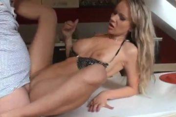 private ontvangst filmpjes porno