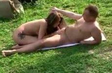 Nudisten op verkenning