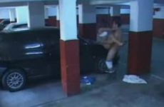 Neuken in de parkeergarage