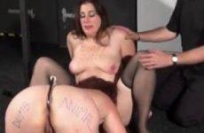 BDSM met trampling en lesbische sex