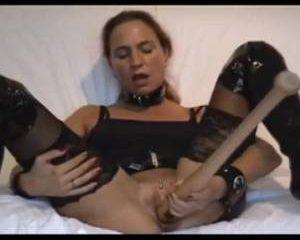 Kinky meisje en de honkbalknuppel
