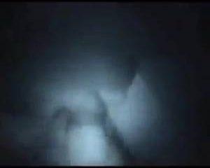 In het donker