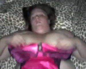 Haar geile dikke kut gewoon blijven door neuken